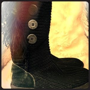 Tall knit cardy UGG boots
